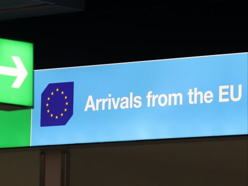 Britons to pay €7 to enter Europe – but UK rules out reciprocal fee