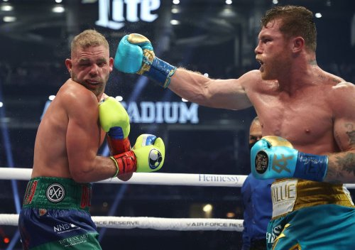 Billy Joe Saunders vows to return after successful surgery following Canelo Alvarez defeat