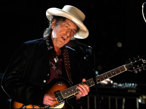 Bob Dylan wins lawsuit filed by late co-writer's estate