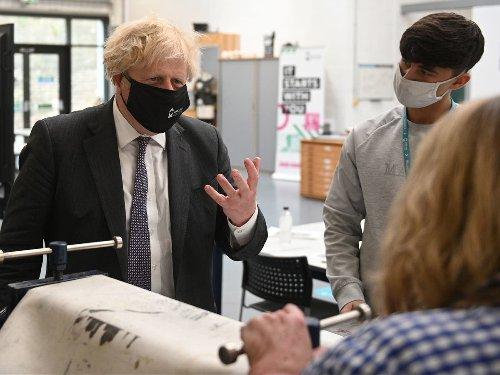 Dominic Cummings launches latest attack on Boris Johnson - follow live