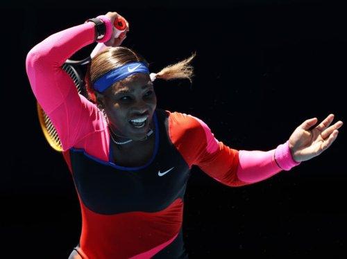 Serena Williams and Naomi Osaka safely through to fourth round