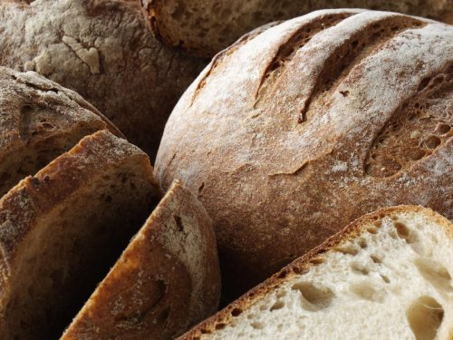Folic acid to be added to Britain's bread to stop spinal conditions in babies