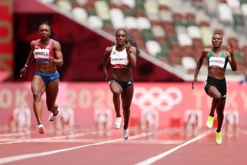 Dina Asher-Smith insists she has 'another level' after unconvincing 100m heat