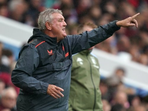 Defiant Steve Bruce vows to fight on as Newcastle fans call for him to quit