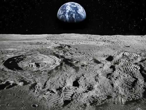 Nasa announces 'unambiguous' presence of water on Moon