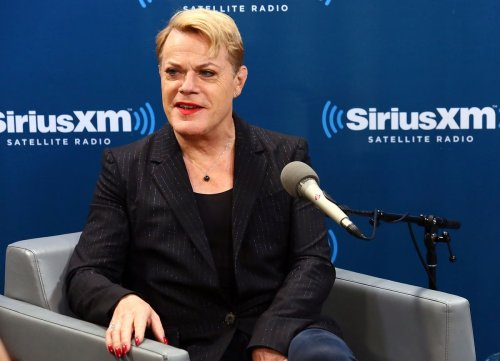 Eddie Izzard tells people 'miffed' about her pronouns to 'have a cup of tea'
