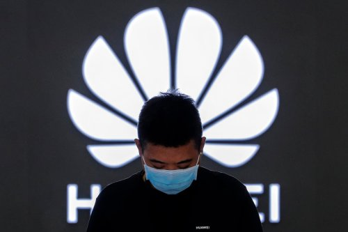 Huawei should 'lead the world' in software to avoid US sanctions