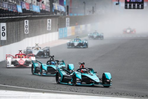 Britain's Jake Dennis and Alex Lynn charge their way to Formula E success in Valencia