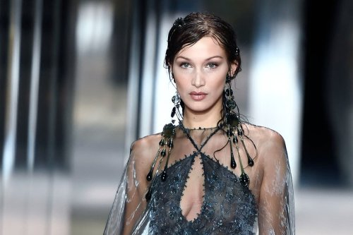 Bella Hadid cries for Palestine as she joins protests in New York