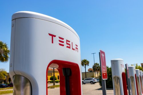 Elon Musk is set to open a 1950s diner for Tesla owners