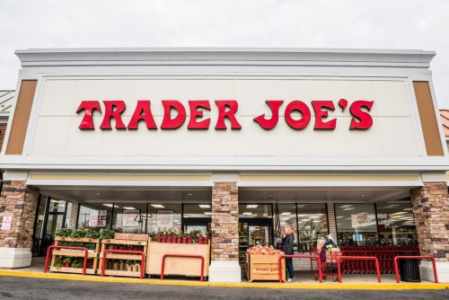 Trader Joe's will not require vaccinated people to wear masks in stores