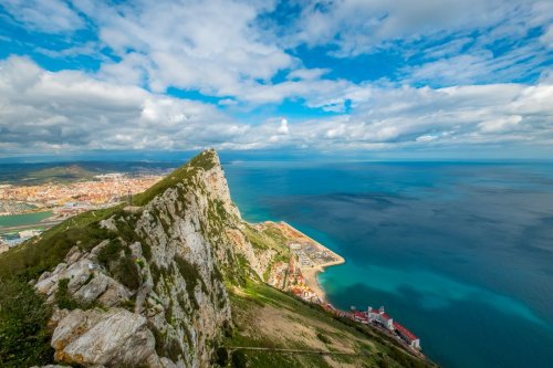 What happens if my flight to Gibraltar gets diverted to an amber list country?