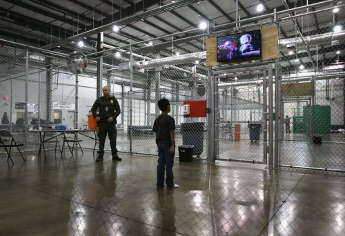 White House hits back at claims it is caging children of migrants two years after Trump scandal