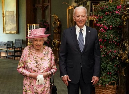 This is why the Queen never wears beige
