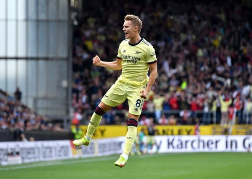 Martin Odegaard's stunning free-kick hands Arsenal victory over Burnley