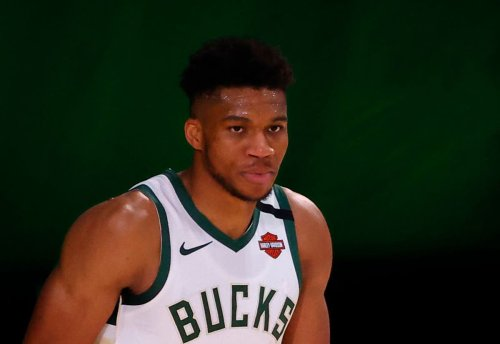 Antetokounmpo agrees richest contract in NBA history to ...
