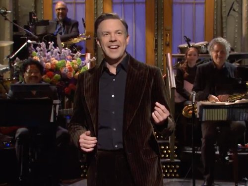 SNL: Jason Sudeikis makes fun of Ted Lasso success while hosting show
