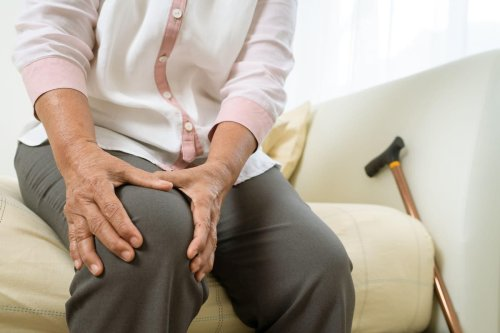 Not sure what to do about joint pain? When to see a doctor, and helpful steps you can take at home