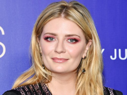 Mischa Barton says she felt 'pressured' to lose her virginity while starring in The OC