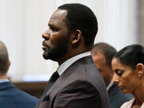 R Kelly jury begins deliberations