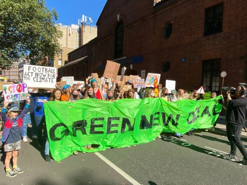 'No more greenwashing': Hundreds of young protesters highlight climate crisis