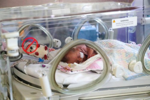 Baby born into toxic air every 2 minutes in UK, study shows