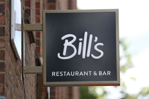 Restaurants to be banned from withholding tips from workers in new government bill