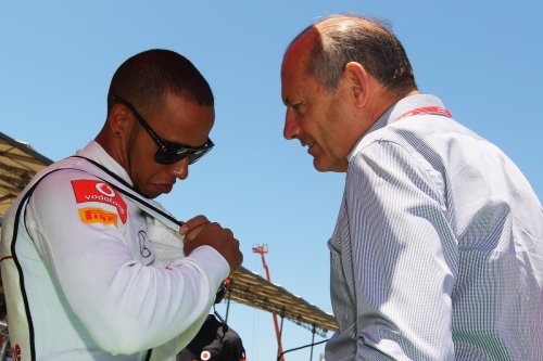 Lewis Hamilton's former team principal tips Max Verstappen for title