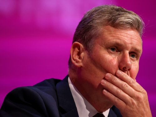 Labour delegates vote to nationalise energy firms in defeat for Keir Starmer