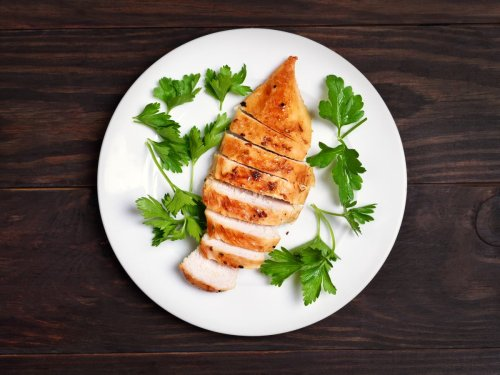 How to cook chicken breast perfectly, according to science
