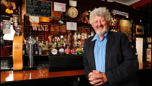 Publican opens doors of his Dublin bar again for first time since March 2020