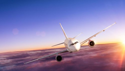 Close contacts of airline passengers with Covid will no longer be routinely traced