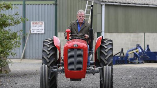 Jeremy Clarkson series praised by UK farming community who are 'p***ed off' with Countryfile