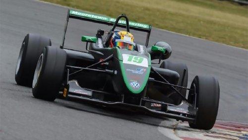 Start your engines: Irish car racing season to kick off new era this weekend at Mondello Park