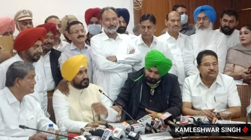 Cracks appear between CM Channi and Sidhu over Punjab Cabinet expansion