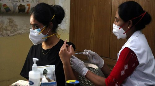 We didn't back doubling of vaccine dosing gap, say Indian scientists
