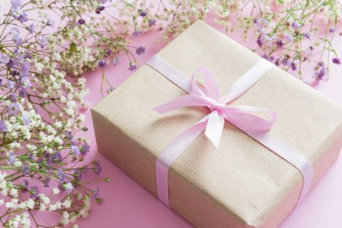 Mother's Day Gift Guide: Books, Gadgets, Movies, and More
