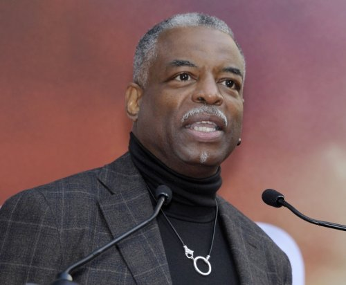 LeVar Burton's Reading List — 6 Books That Need to Be in Your Library