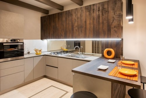 Should Kitchen Lights Be Warm or Cool? [Solved]
