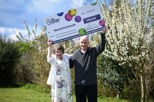Retired builder buys EuroMillions prize-winning ticket after shopping without his glasses