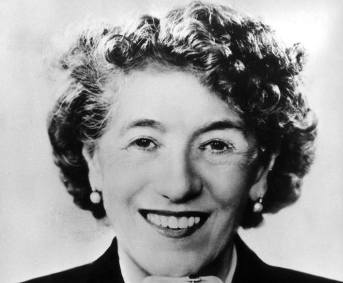 English Heritage updates blue plaque information for Enid Blyton to include links to racism