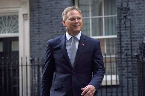 What time Grant Shapps' traffic light travel announcement is expected today