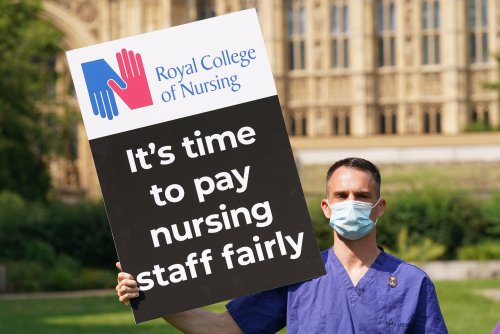 Nurses reveal timetable for strike action in 'summer of action' over 3% NHS pay rise