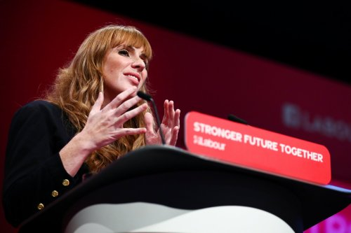 Angela Rayner attacks 'one rule for them and another for us' Tory government