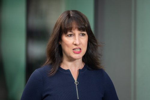 Labour promises to scrap business rates and tax loopholes and replace with schemes making online companies pay