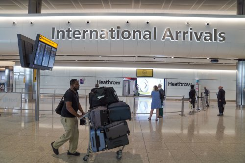 Airport queues 'inevitable' when UK quarantine restrictions ease for EU and US travellers
