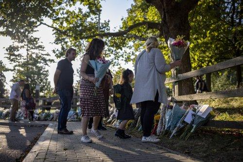 Crowds gather at vigil for Sabina Nessa after teacher's murder