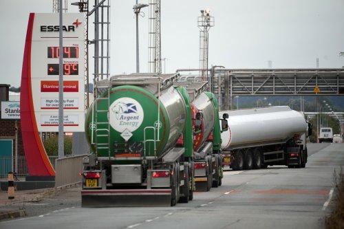 EU drivers set to snub Boris Johnson's appeal to solve UK petrol delivery crisis