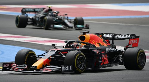 British Grand Prix to host 140,000 next month in biggest UK crowd since start of pandemic