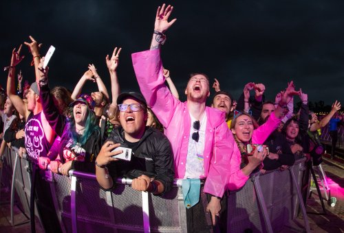 Download Festival boss say success of Covid-free event shows 'large numbers can gather safely'